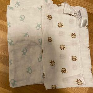 aden + anais Muslin Blanket Bundle